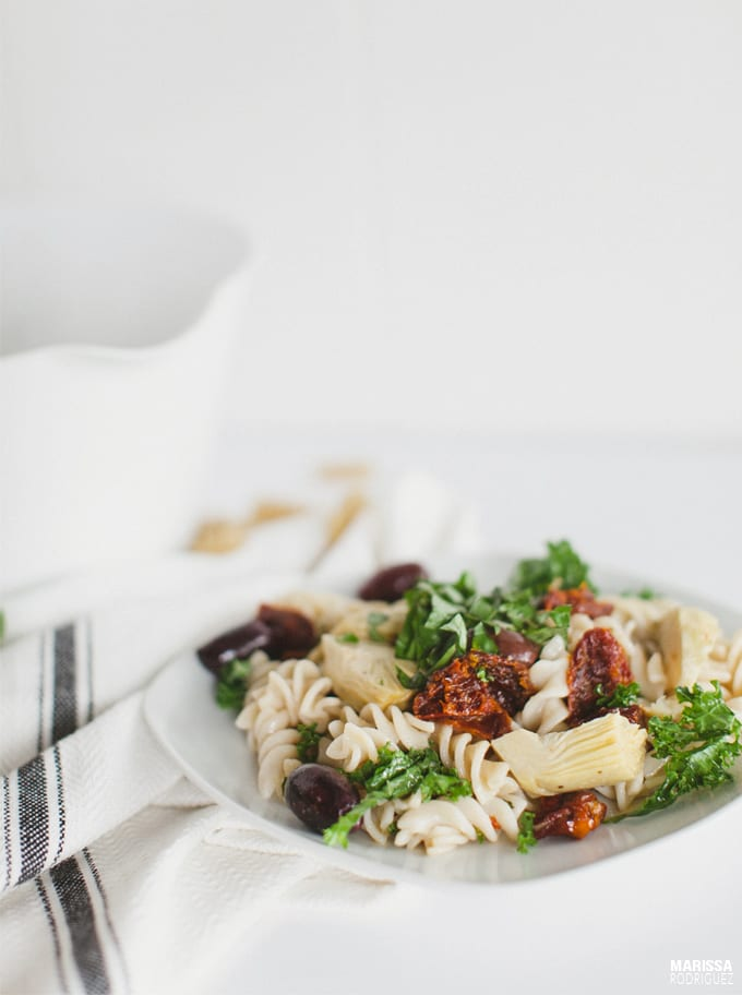 mediterranean artichoke vegan pasta salad