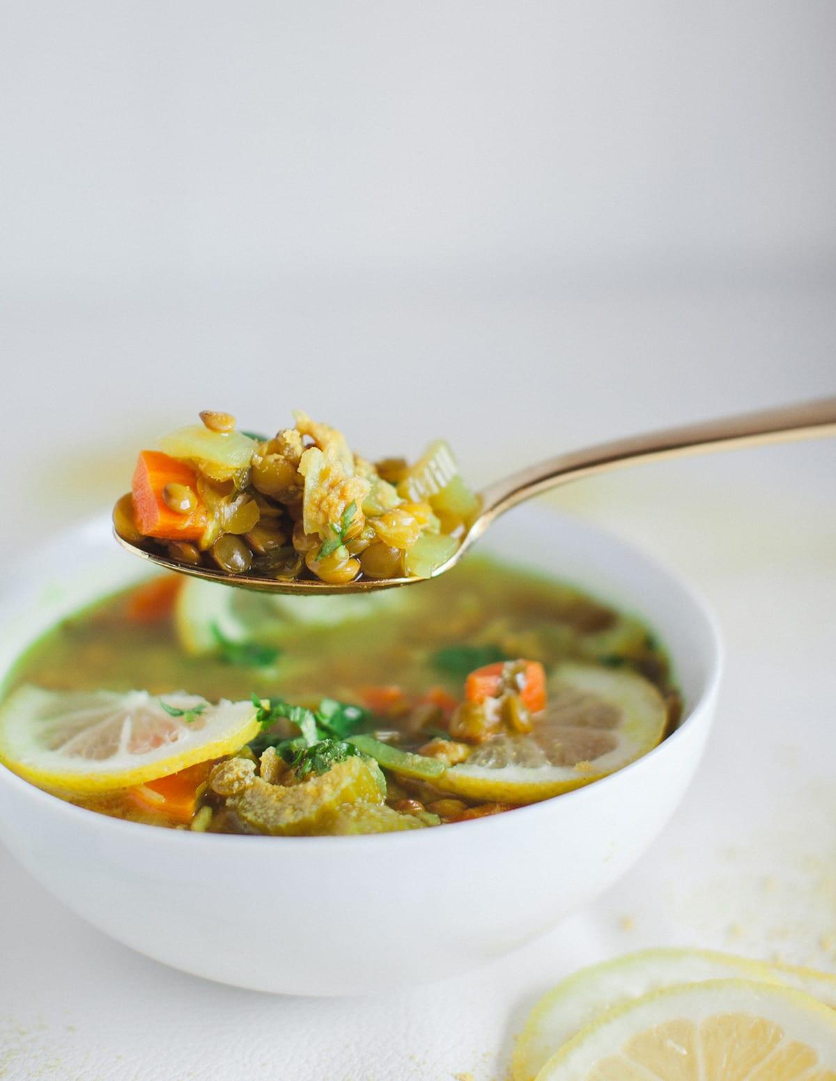 vegan-lentil-lemon-soup_easy_1001