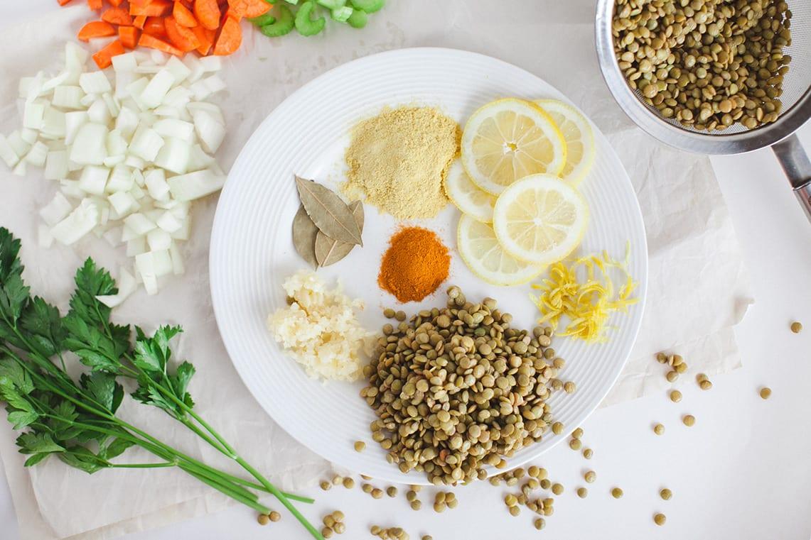vegan-lentil-lemon-soup_easy_1002