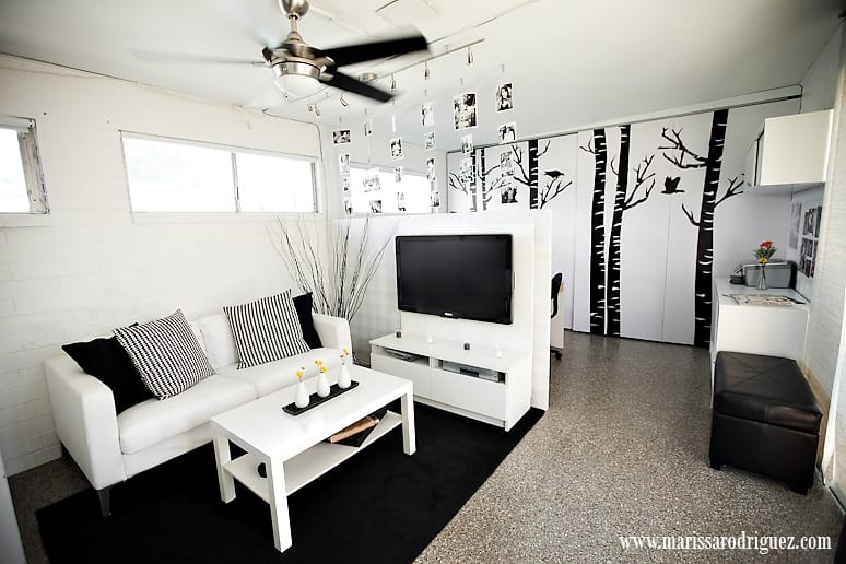 tiny-san-diego-studio-makeover-modern-before-and-after-black-white_1010